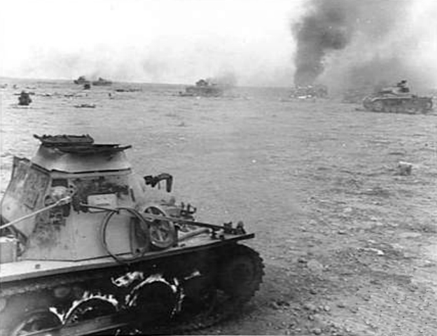 Burning_Panzer_I_Libya_1942