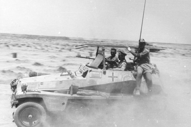 Was Rommel right to advance on the Egyptian frontier in April 1941?