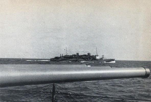 Victoria dalla Duilio 1942