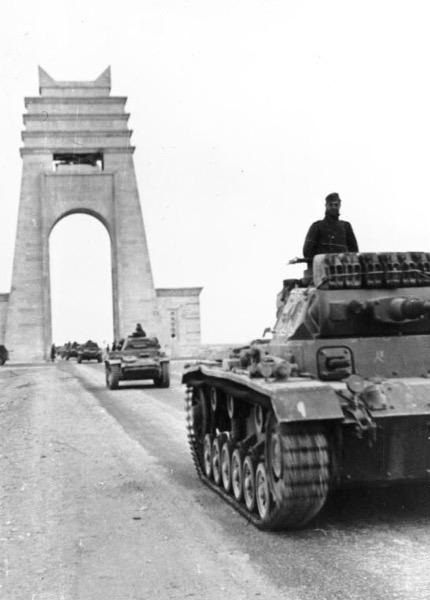 Bundesarchiv Bild 101I 782 0009 01A Nordafrika Panzer III